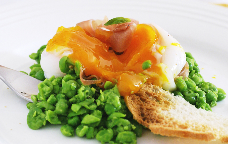 Sous vide goose egg - on a pea and mint nest with prosciutto